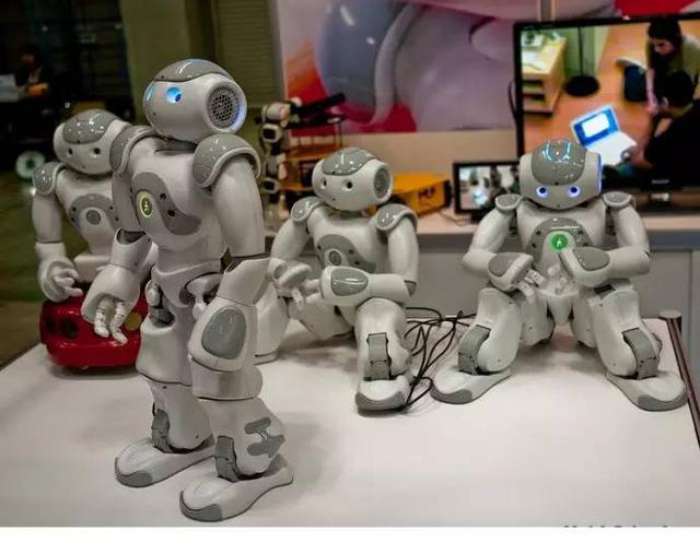 东京国际机器人展上的Nao