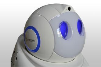 国产早教机器人小优