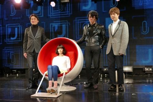 日本展示全新美女机器人:基于Android打造、能与人类展开对话