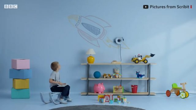 可在墙上作画的机器人Scribit在CES 2019展出