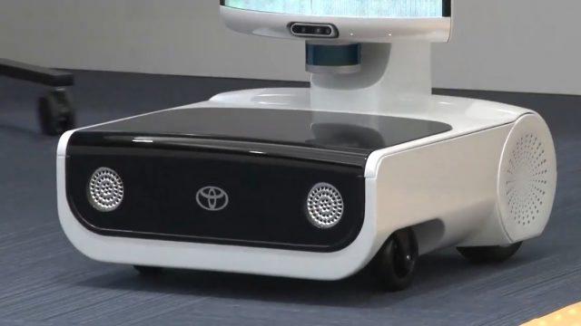 丰田发布东京奥运机器人 可跟随工作人员行走规避障碍物