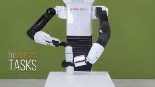 擦马桶机器人要给你倒咖啡了!